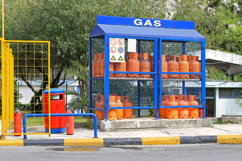 httpsstock.adobe.comdeimageshome-gas-bottles81180177