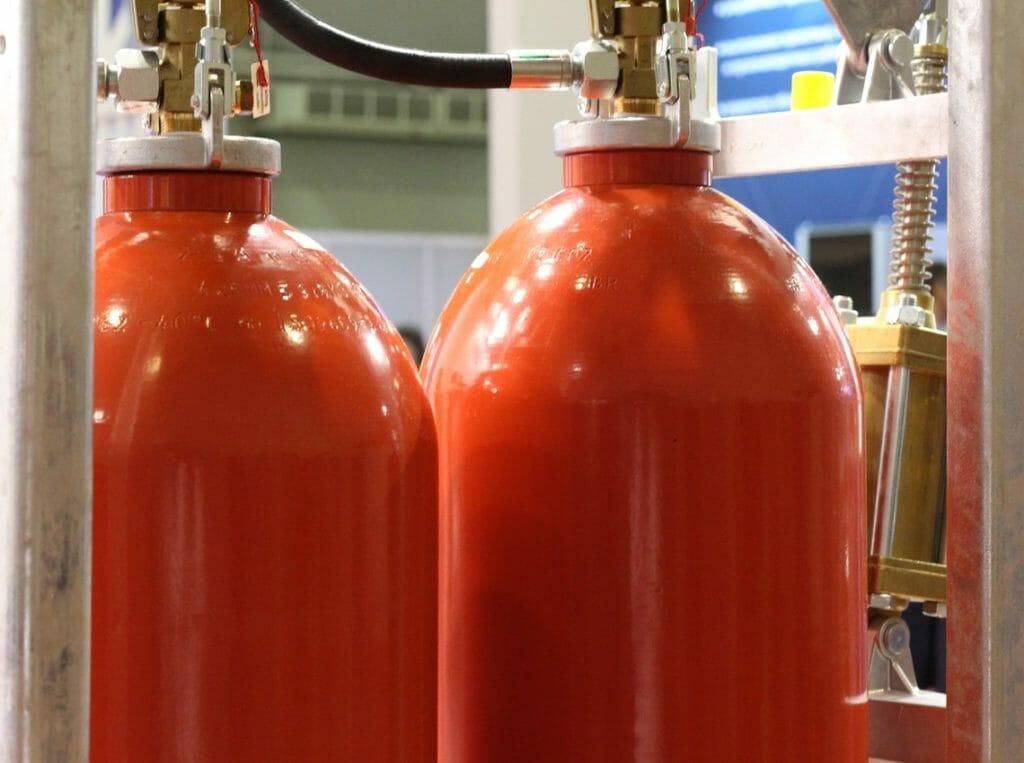 Acetylen Flaschen in Gasfüllstation